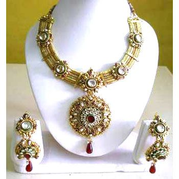 gold platted jewellery with gemstone   cool Check it out here: http://productsreviews.ca/earrings