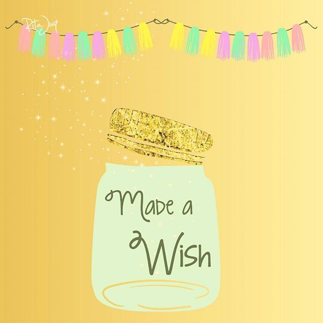 Made a wish for tomorrow's special day ^o^ #happinnes #hope #love #faith #optimism #birthdayeve (worked with vectors▶freepik.com)