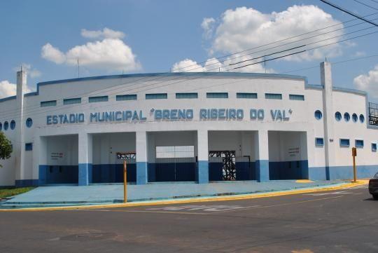 Estádio Breno Ribeiro do Val - Osvaldo Cruz (SP) - Capacidade: 11,4 mil - Clube: Osvaldo Cruz