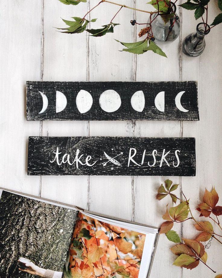 """Иногда просто необходимо рисковать ведь все эти маленькие и большие шаги ведут нас к самой заветной мечте!  Таблички """"Take risks"""" и фазы Луны - по 800"""
