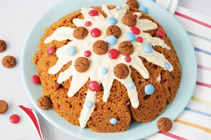 Topje van deze ijsberg: pepernoten en chocoladesaus. Dat wordt smullen op 5 december! Recept - Pepernotenijsberg - Allerhande