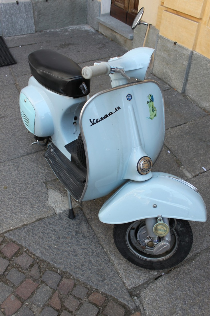 15 best images about vespa 50 on pinterest nice people. Black Bedroom Furniture Sets. Home Design Ideas