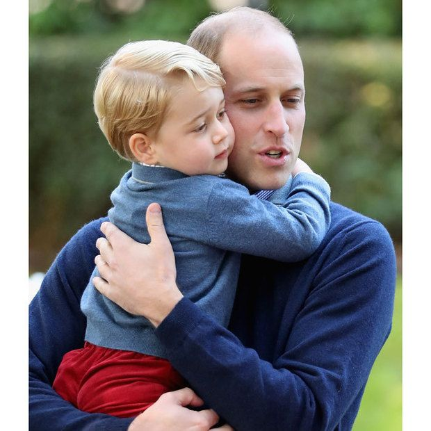 The cutest photos of Prince William with Prince George and Princess Charlotte - Photo 2