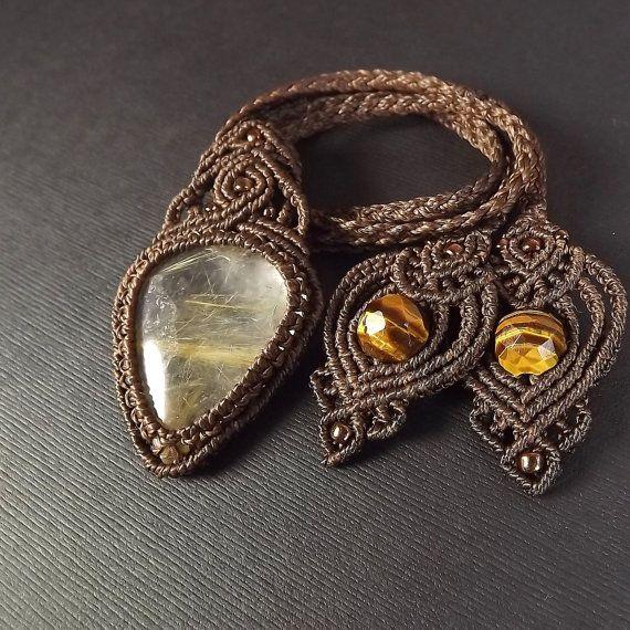 Macrame color oro cuarzo rutilado collar colgante de por neferknots