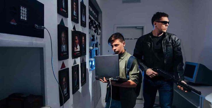 """1997 год. Лос-Анджелес. Ваша команда оказываетесь у дверей в корпорацию """"Cyberdine Systems"""", которая стоит на пороге создания первого искусственного интеллекта, а в будущем - машин для убийств. Если не остановить их сейчас, то в будущем человечество проиграет в войне против машин. Квест в реальности в СПб Терминатор - Vtupike (Санкт-Петербург). #терминатор #спб #квестспб #квествреальности #Vtupike"""