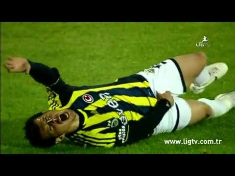 Amazing: Didier Zokora KICK Emre In The Balls - MOST BRUTAL FOUL EVER! for being racist toward him