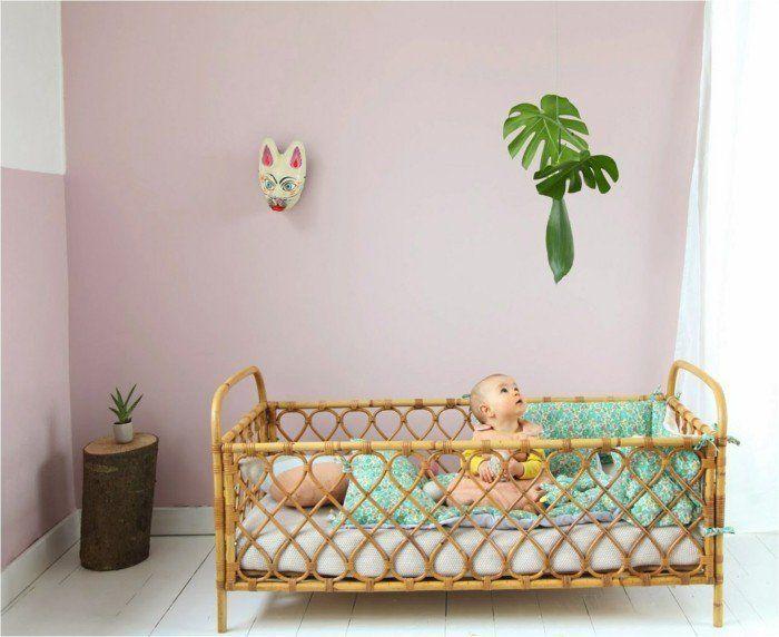 chambre bebe complete, jolie chambre bébé mixte de couleur rose pale