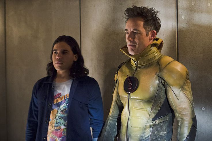 """The Flash S2x07 """"Gorilla Warfare"""", WARNING! SPOILERS!   The Flash again shows why it's one of the strongest superhero shows on television right now with a mostly solid episode that...,  #BarryAllen #GorillaGrodd #GrantGustin #Hawkgirl #JohnWesleyShipp #MiloMilton-Jefferies #TheCW #theflash #TomCavanagh"""