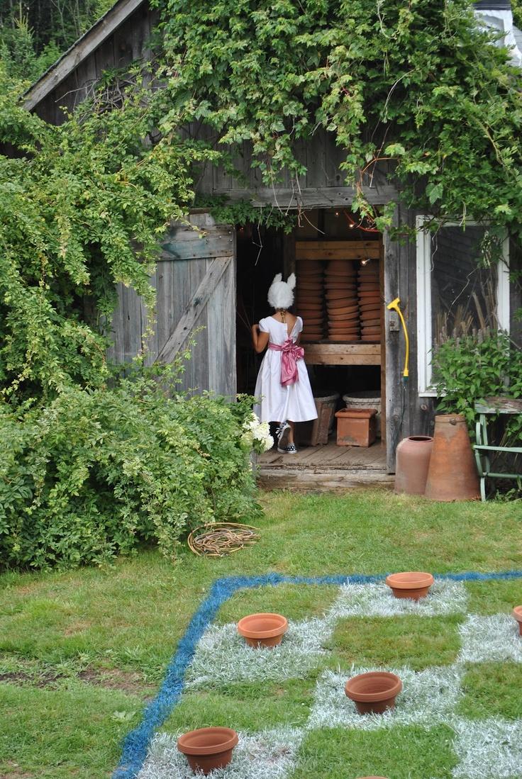 64 best Alice in Wonderland Theme summer camp images on Pinterest ...