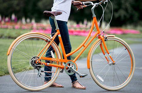 Classic Dutch City Bike - the new PUBLIC C7