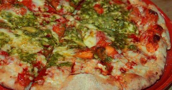 Pizza Rossa al Pesto