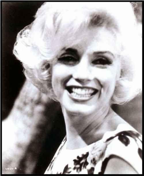 8 Best Marilyn Denis House Images On Pinterest: 8 Best Marilyn Monroe 1962 Images On Pinterest