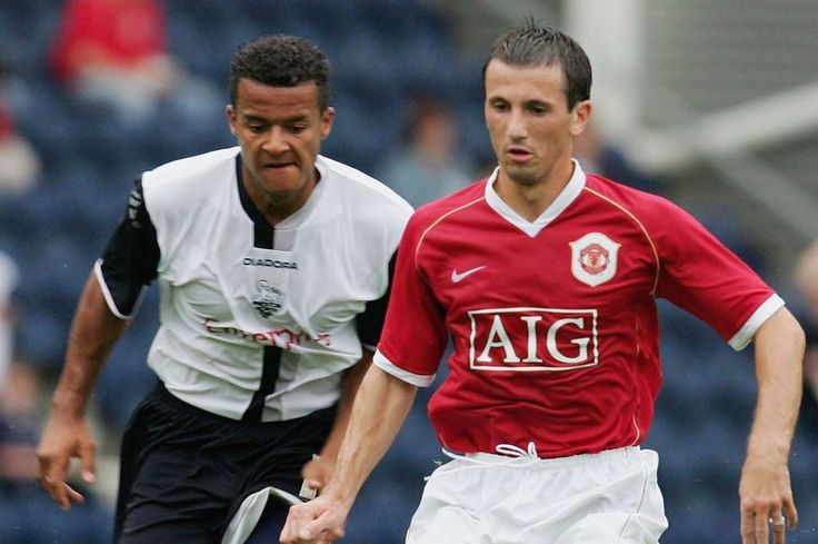 News has broken that former Man Utd midfielder Liam Miller is battling cancer and former team-mates are offering their support.