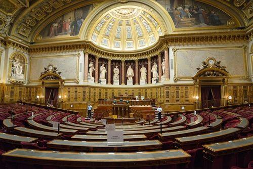 Le Sénat a voté le report de l'âge légal de la retraite à 63ans à l'horizon 2019. Mais l'Assemblée Nationale devrait logiquement revenir dessus...