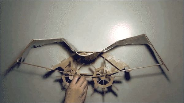 Kinetic Sculpture Replicates a Bird Flapping Its Wings Using Popsicle Sticks - My Modern Metropolis