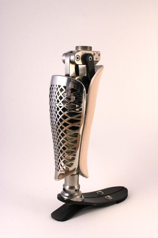 Chrome-Leather |  | A look at Bespoke Innovation, a company specializing in helping amputees customize prosthetic coverings.