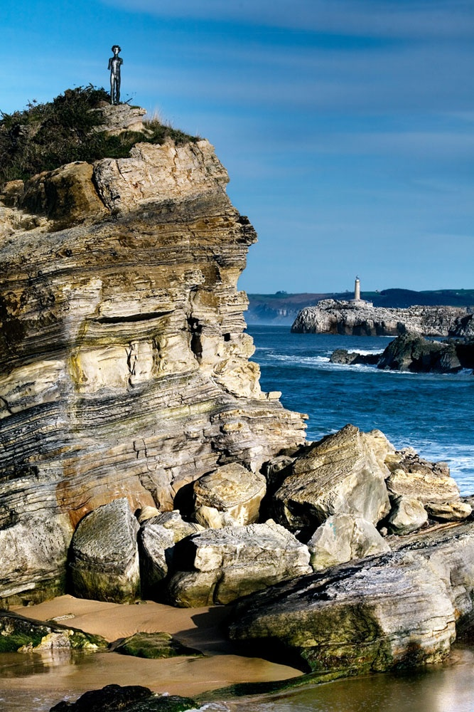 Playa del Camello, al fondo Isla de Mouro. #Santander #Cantabria #Spain #Coast #Beach #Travel