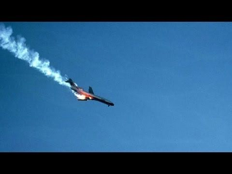 Plane Crash Caught on Camera... why it's good to keep a camera on you at all times!