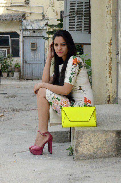 #floral #dress #neon #clutch #fashion #zara