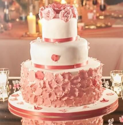 Wedding Cake pink pastel and white with flowers