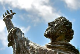 Pictures of Gubbio, photo gallery of Gubbio Italy - ItalyGuides.it