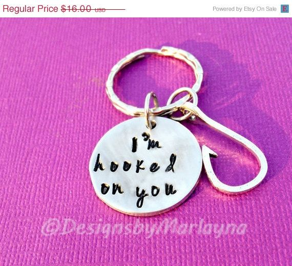 I'm hooked on you, Fishing Key Chain, Country Boy Gift, Outdoor Mom Gift, Outdoor Woman Gift, Hunter, Father's Day Gift, Fishing, redneck