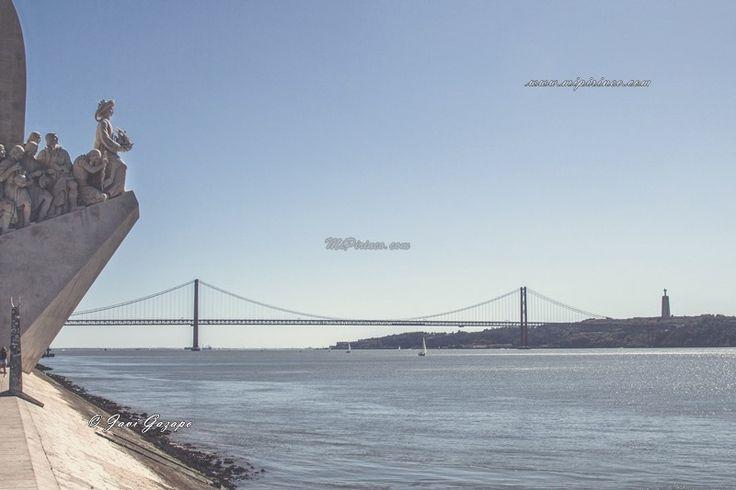 Monumento a los Descubrimientos y Puente 25 de Abril. #Belém, #Lisboa, #lisbon #portugal