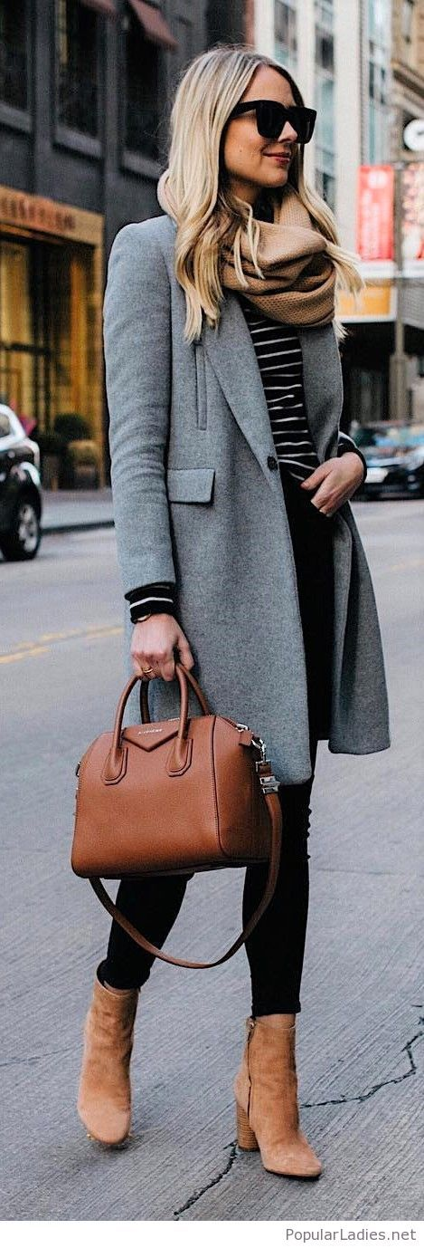 Chic office look with brown accessories