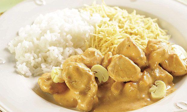 Receita de Estrogonofe de frango com biomassa de banana verde - Frango - Dificuldade: Fácil - Calorias: 340 por porção
