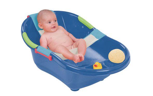www.cornergp.com Seguridad para niños y bebés HAMACA RED PARA EL BAÑO EDAD RECOMENDADA: +0m Hamaca de tejido de red muy suave para un baño sin preocupaciones Se puede modificar la anchura y la longitud de la red para adaptarla a la mayoría de bañeras del mercado De fácil utilización, hace más cómodo el baño del bebé Adaptable para la mayoría de bañeras del mercado MEDIDAS: 56x55 cm.