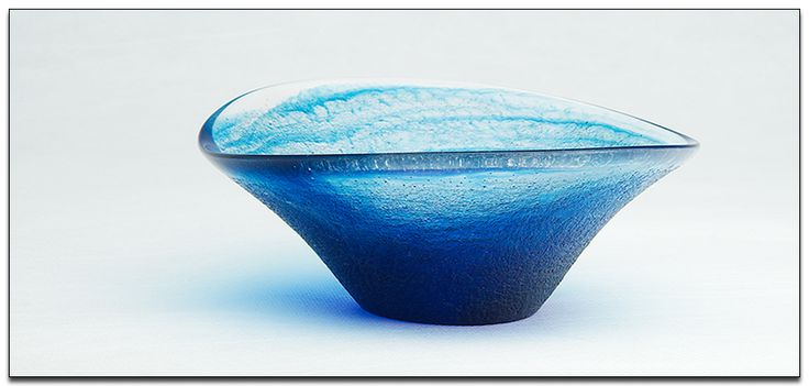 MORE BLUE  -  A small bowl form completed this week ... this one was based on a raw clay original, so much of the texture transferred to the final product via the molding process. I polished the rim to an optically clear state using some pretty high tech abrasives ... the results are worth it.  Image: Bob Gilmour / GILMOUR ARTFORMS  #resin #bowl #artwork #design #contemporary #blue #gilmour