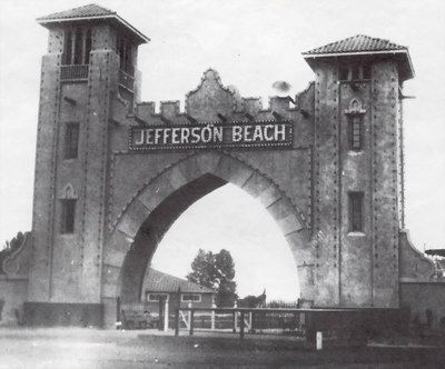 Jefferson Beach Entrance Saint Clair Ss 9 Mile And Michigan In 2018 Pinterest Detroit