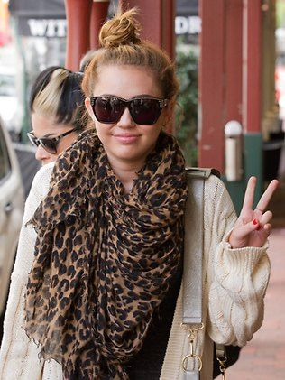 Miley Cyrus enjoys lunch in Subiaco