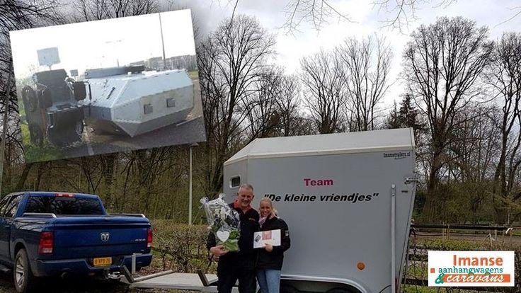 Tamara Jongenengel van Team 'De Klein Vriendjes' heeft lovende woorden over voor de inzet van het team van Imanse Paardentrailers en Menwagens voor haar paardentrailer. Lees het fraaie verhaal via deze link: http://radar.avrotros.nl/uitzendingen/douche/detail/imanse-paardentrailers-menwagens/