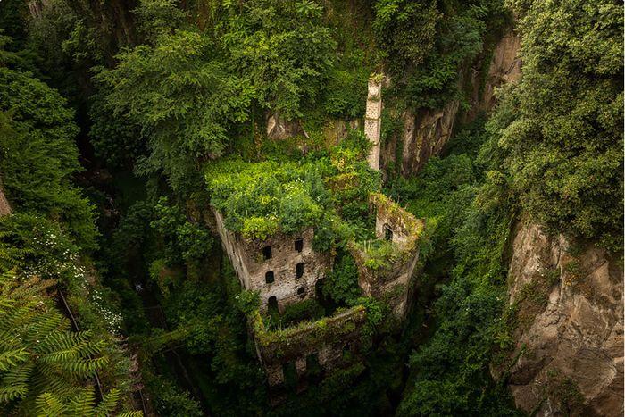 13 εκπληκτικές φωτογραφίες δείχνουν πώς μας εκδικείται η φύση...  thetoc.gr