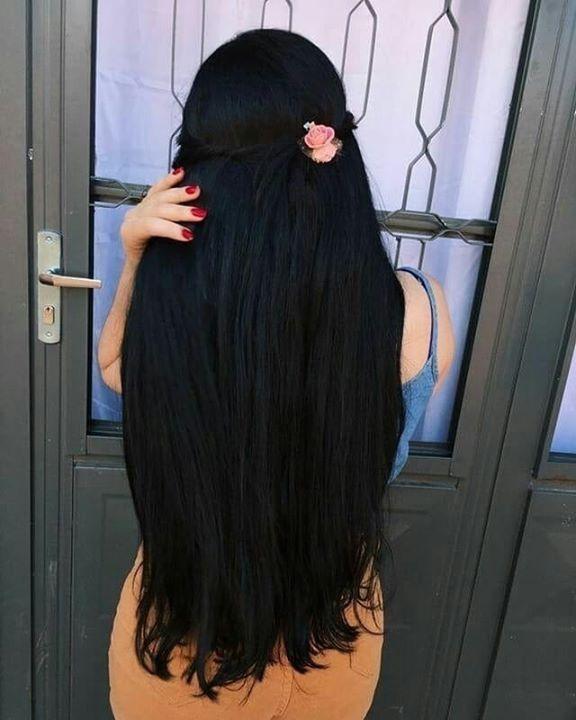 Фото девушек с черными волосами вид сзади