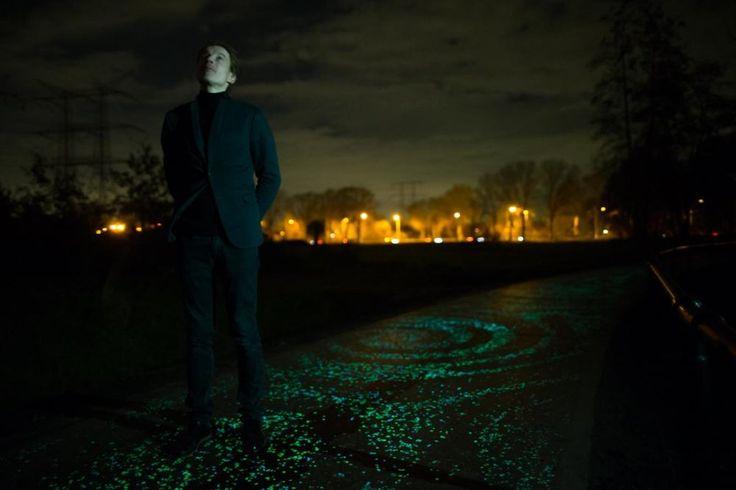 Van Gogh tribute - glowing pathway