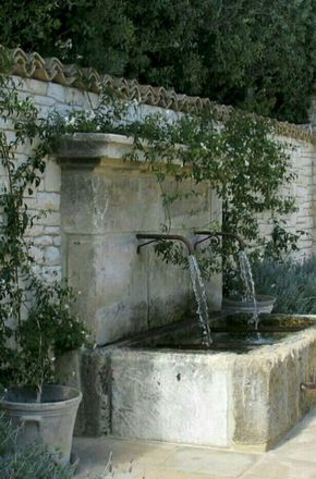69 Fashionable Mediterranean Yard Makeover On A Funds