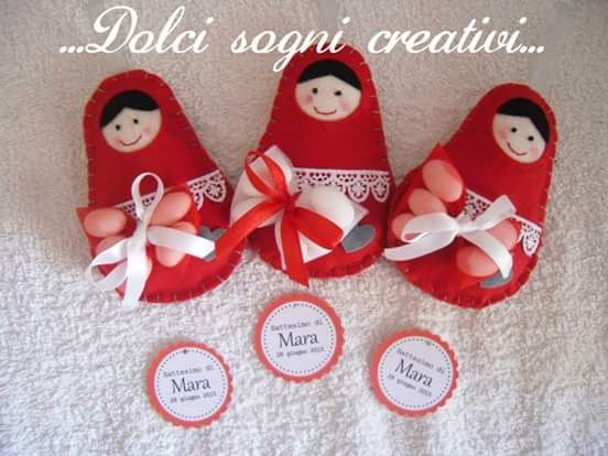Favor made by https://www.facebook.com/Dolci-sogni-creativi-346408192183456/ *** Le Maddine & Maddy https://www.facebook.com/groups/531953423561246/ *** #madeinfacebook #lemaddine #handmade #handcrafted #instagram #instapic #instagood #picoftheday #instacool #cool #cute #handmadeinitaly #craft #handmadewithlove #fattoamano #creativity #madeinitaly #instaphoto #instahandmade #photooftheday #sewing #embroidery #felt #pannolenci #favor #confetti #matrioska #doll #handmadedoll…