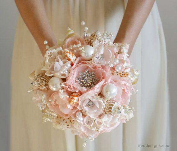 Conjunto de diadema de concha y ramo de la boda. por IrenDesigns
