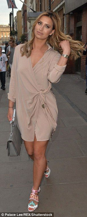 TOWIE's Ferne McCann puts on a leggy display on ladies' night out London | Daily Mail Online
