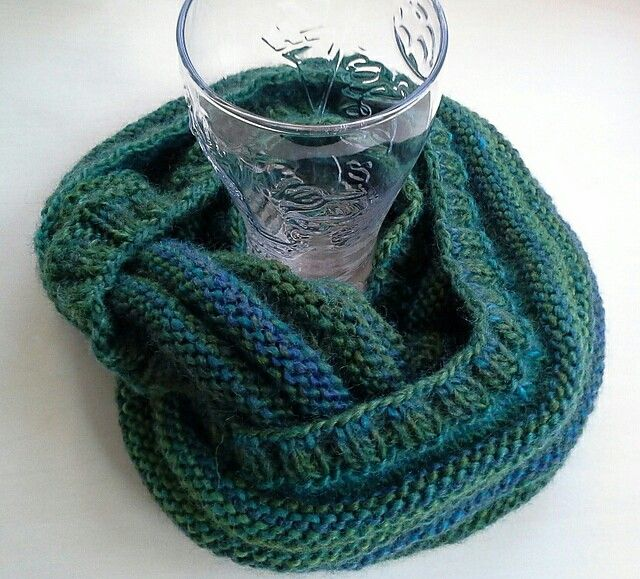 Green knitting scarf