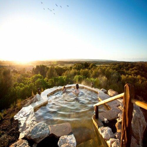 Dine and Bathe. 10 Extraordinary Dining Experiences on Five Star Australia. FiveStarAustralia.com