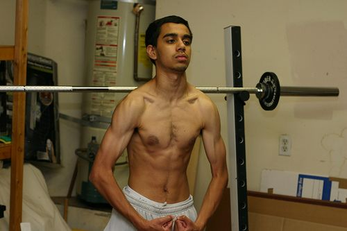 skinny guy - Google Search | MEMES | Pinterest | Search ... Skinny Man