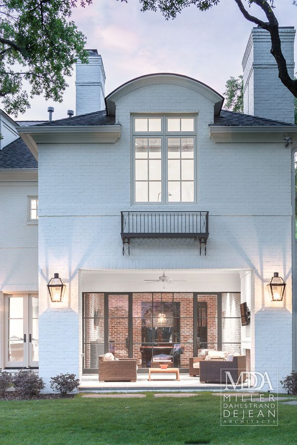 :: Havens South Designs :: loves this balcony by Houston Architects Miler, Dahlstrand & De Jean