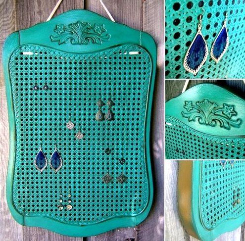 Dishfunctional Designs: Upcycled: Neue Verwendungen für alte Stühle – Teil 2   – !! Top Bloggers To Follow …On Pinterest !!