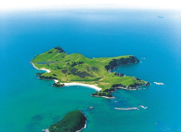 Slipper Island - Photo from helicopter