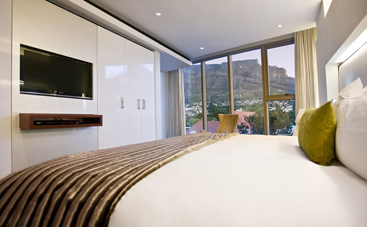 View of the Table Mountain. African Pride 15 on Orange Hotel