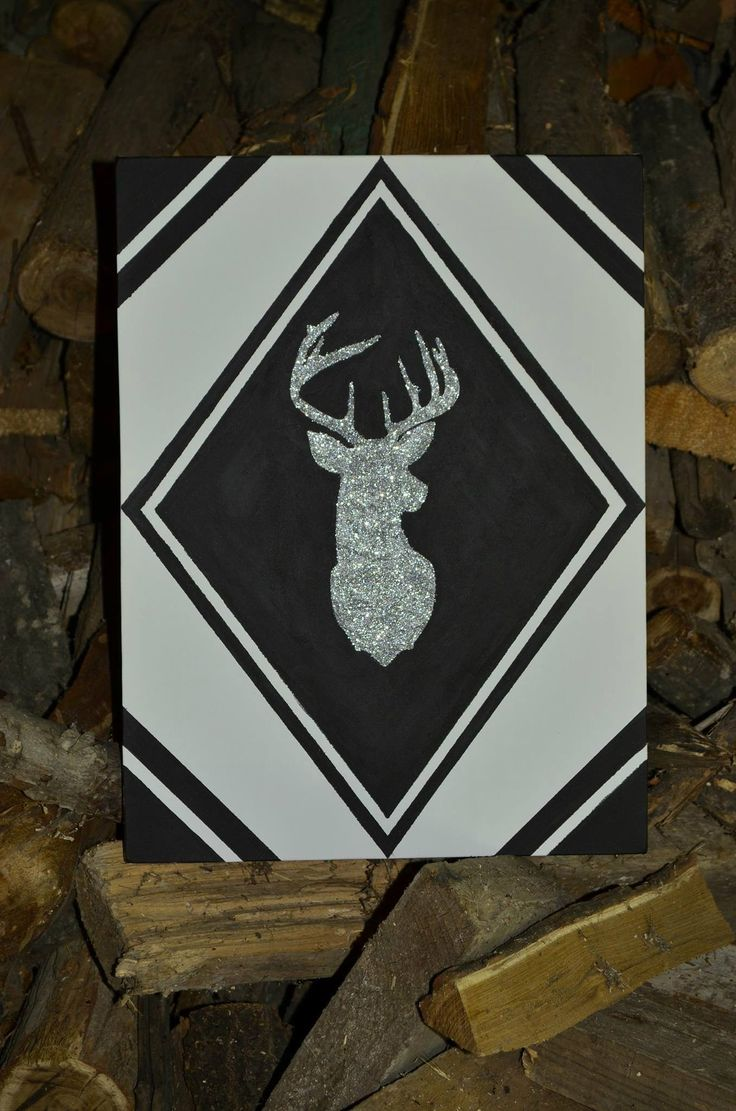 Glittery Deer Head on canvas. Easy and fun. Makes a great gift for yourself or the others