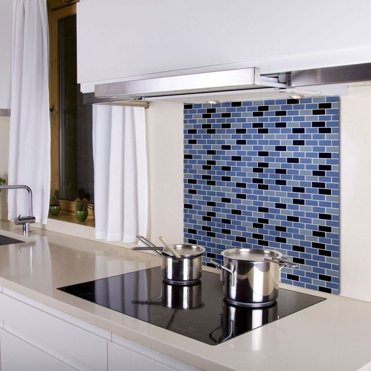 Uma tendência muito usada nas cozinhas atualmente é o fogão cooktop!     E vc, sabe o que é?            Os fogões já se modern...